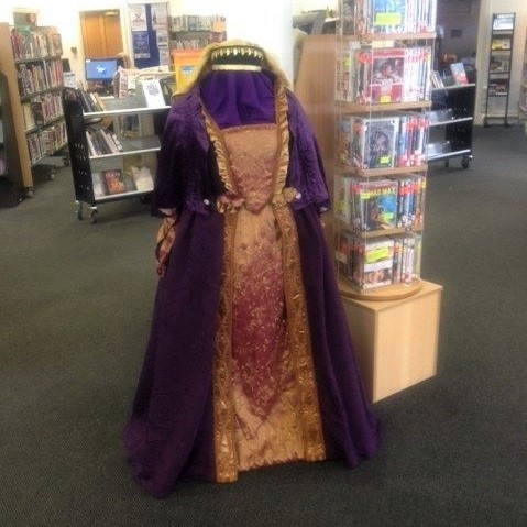 Get Involved - Costume. A period dress costume is displayed on a mannequin.
